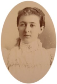 Young Mabel Hartzell